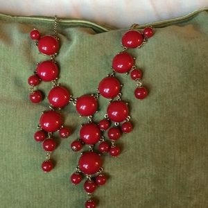 Jewelry - Red bead necklace!
